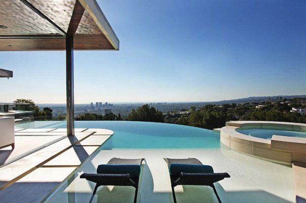 5 Dreamy Swimming Pools that Will Take Your Breath Away