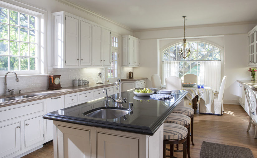 How to Choose Materials for Kitchen and Bathroom Countertops