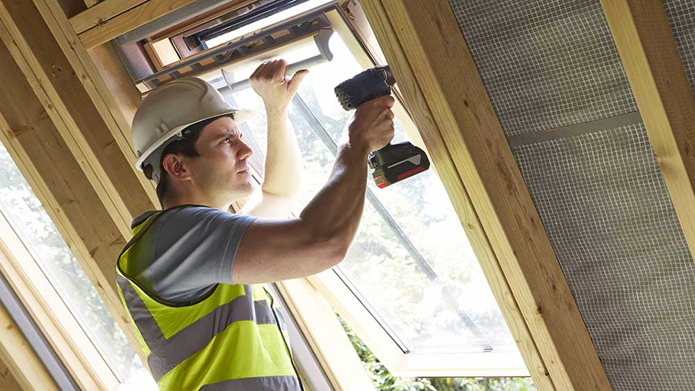 How to Hire a General Contractor: The Questions to Ask When Vetting Your General Contractor and Hire the Best Home Builders