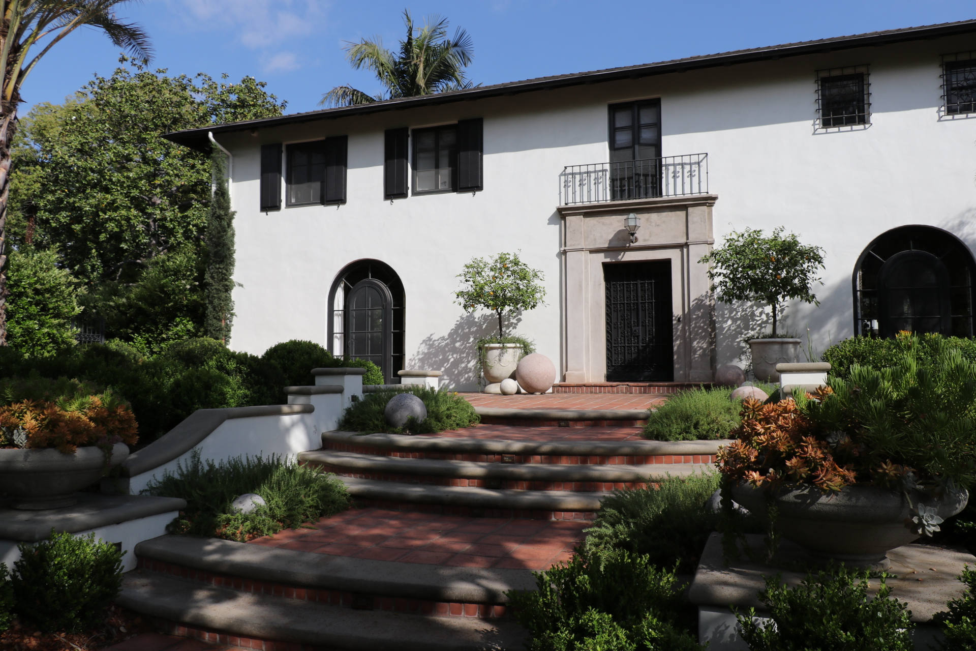 Spanish Revival Home in Pasadena SoCal Contractor Photo