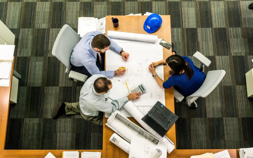 How Do Interior Designers, Architects, and Contractors Work Together?