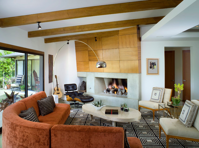 midcentury-living-room with rust and wooden accents