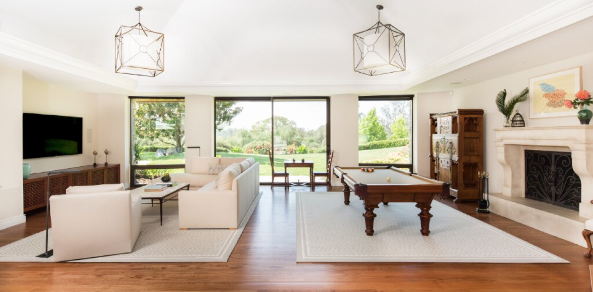Windows and doors for indoor outdoor lifestyle in Southern California