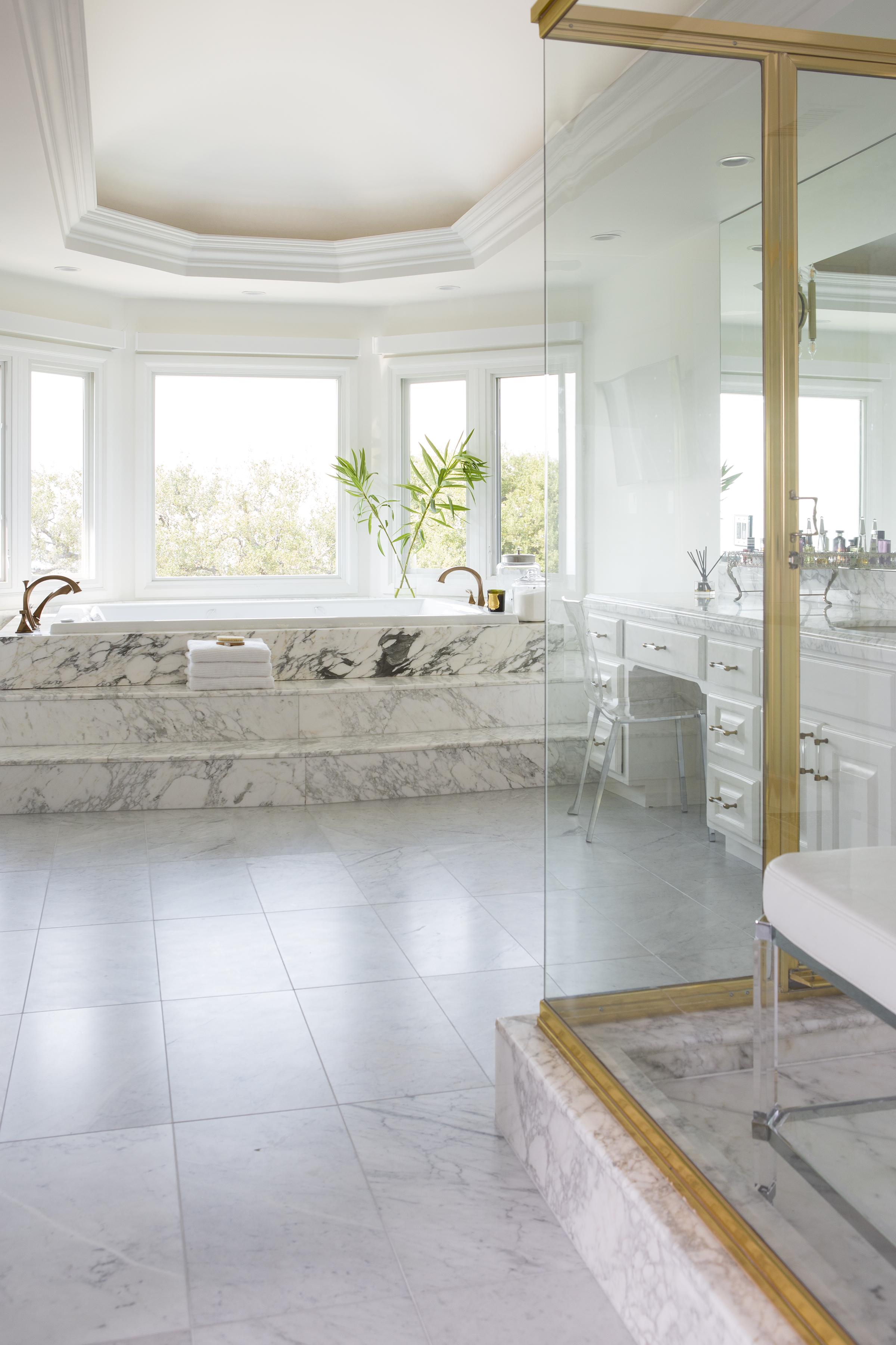 Bel Air marble bathroom